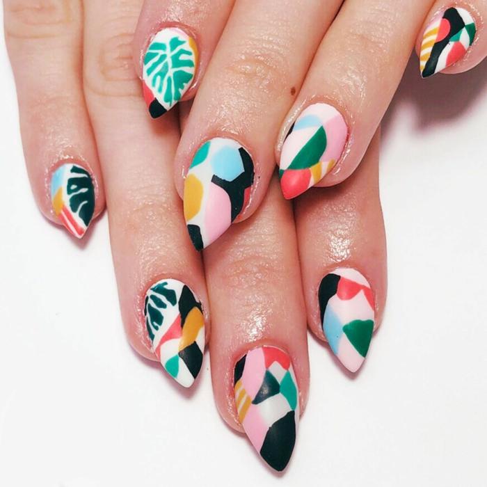 uñas acrílicas largas con decorados con motivos botánicos, uñas de gel bonitas en imagines, fotos de diseños de uñas