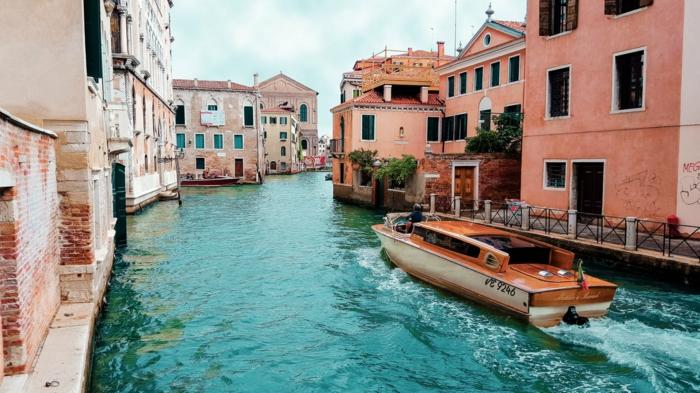 paisajes urbanos preciosos, paisajes de viajes adorables, fotos de paisajes bonitos para descargar gratis, imagenes coloridas