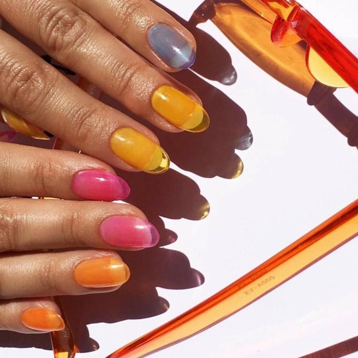 super bonitos diseños de uñas francesas, uñas largas pintadas en colores, diseños de uñas que enamoran