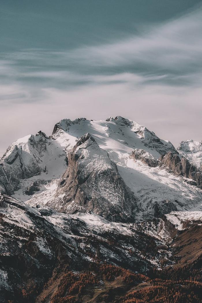 picos de montaña con nieve, descargar fondos de pantalla gratis, fotografías para poner en el fondo de pantalla de tu ordenador