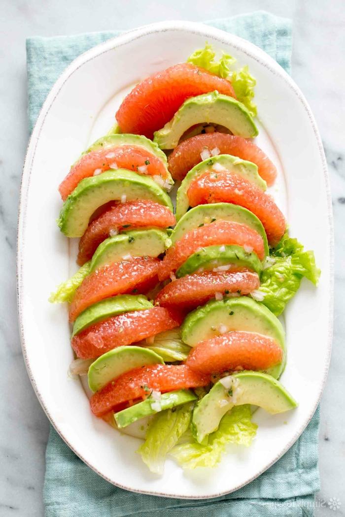 las mejores ideas de ensaladas para el verano, recetas de aguacate faciles, platos para conseguir un menú balanceado y sano