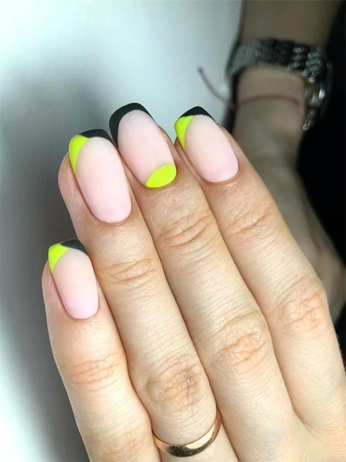 los mejores diseños de uñas para esta temporada, color de uñas verano 2019, uñas pintadas en color nude con detalles en negro y amarillo neón