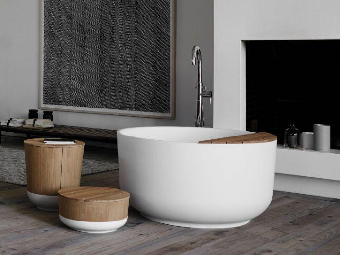 fotos de cuartos de baño, cuartos de baño en fotos, baño con suelo de parquet y muebles de madera, decoración de baño