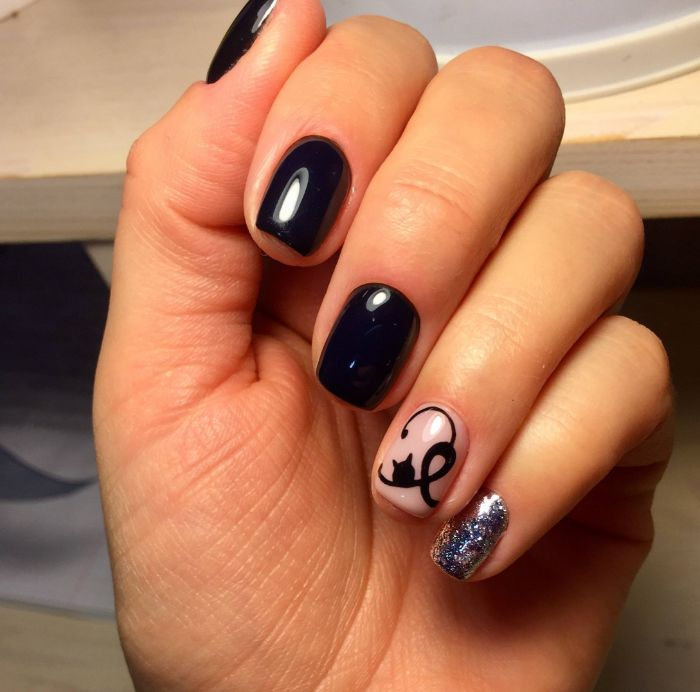 maravillosas ideas de dibujos en uñas, uñas cortas con decoración minimalistas, dibujos en uñas de animales y flores