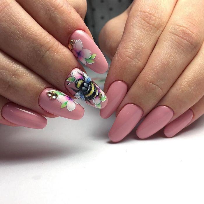 diseños de uñas faciles y elegantes, uñas largas de forma bonita pintadas en rosado con preciosos dibujos, 85 fotos de arte en las uñas
