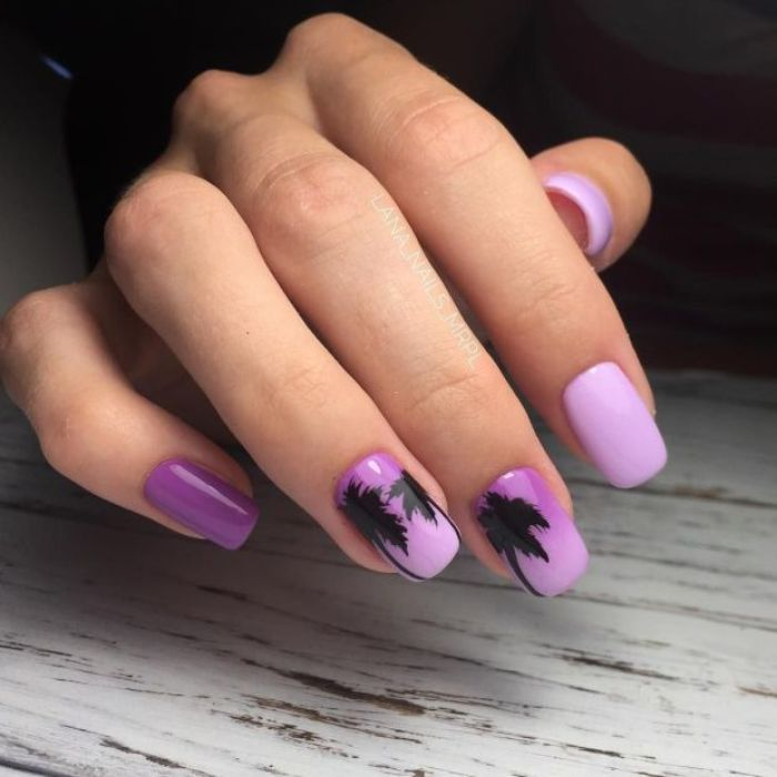 diseños de uñas para el verano, cuales son los colores y formas en tendencia, uñas largas de forma cuadrada pintadas en color lila