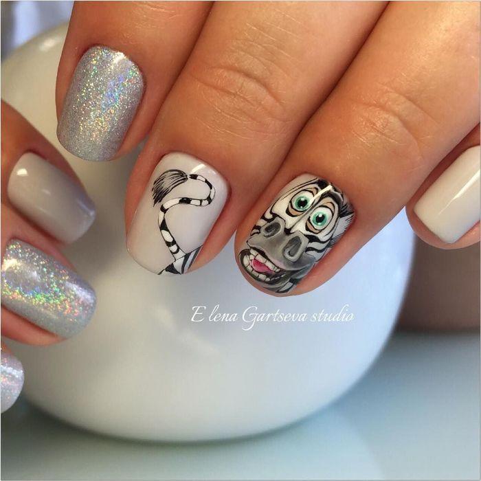 85 ideas de diseños de uñas con dibujos que simplemente enamoran, uñas decoradas con dibujos de zebras y esmalte brillante