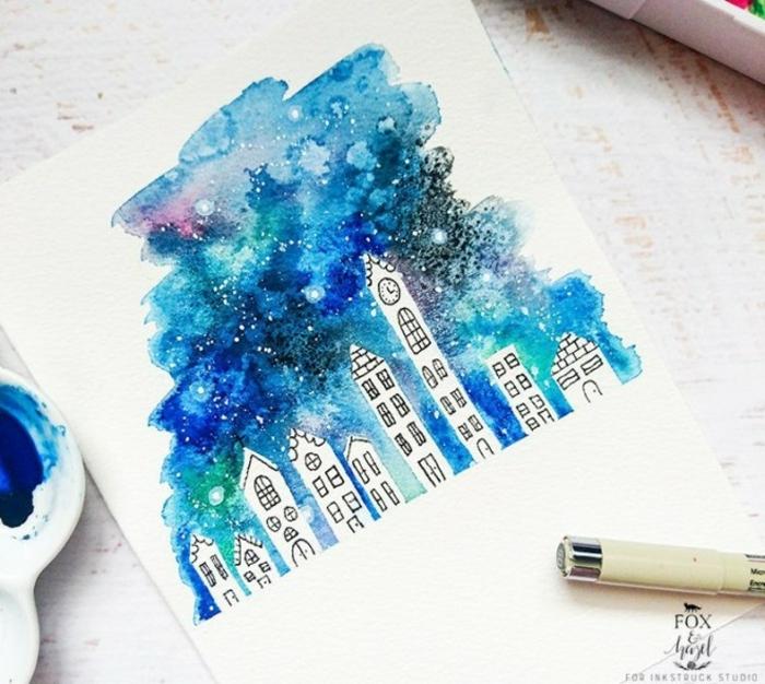 ideas bonitas de dibujos con acuarelas faciles, dibujo de edificios con cielo estrellado en colores azules, originales ideas de dibujos