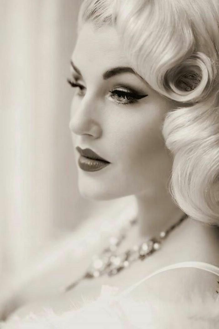 maquillaje, peinados y ropa rockabilly en fotos, precioso peinado media melena suelta rizada, maquillaje años 50