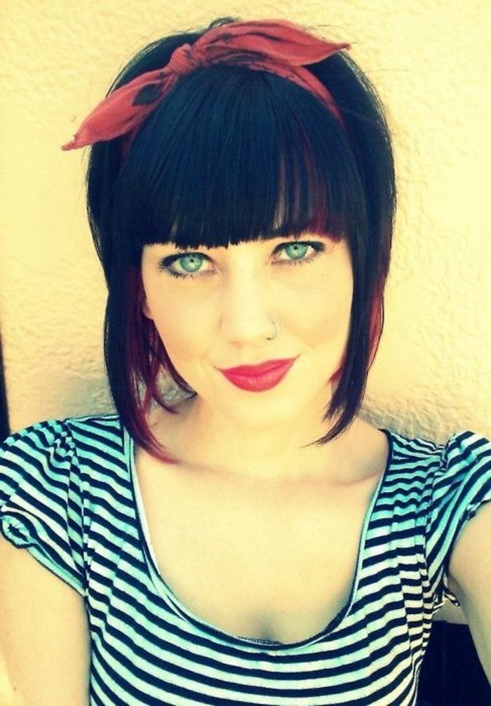 ideas de peinados pin up pelo corto en fotos, corte de pelo corto con flequillo largo recto, imágenes de mujeres pin up