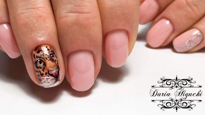 uñas elegantes pintados en rosado con decorados originales, uñas decoradas elegantes en fotos, diseños uñas cortas