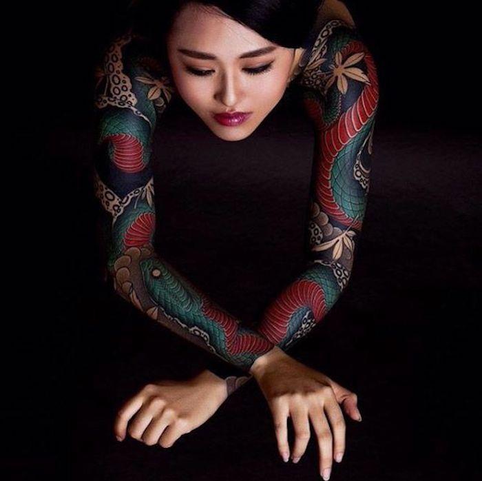 diseños de tatuajes japoneses en los brazos, alucinantes imágenes de tatuajes en los brazos, diseños simbólicos en colores