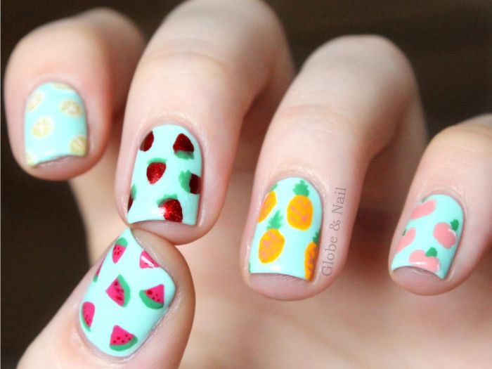 uñas decoradas diseños actuales para el verano, diseños con dibujos fáciles de hacer, decoración con frutas del verano