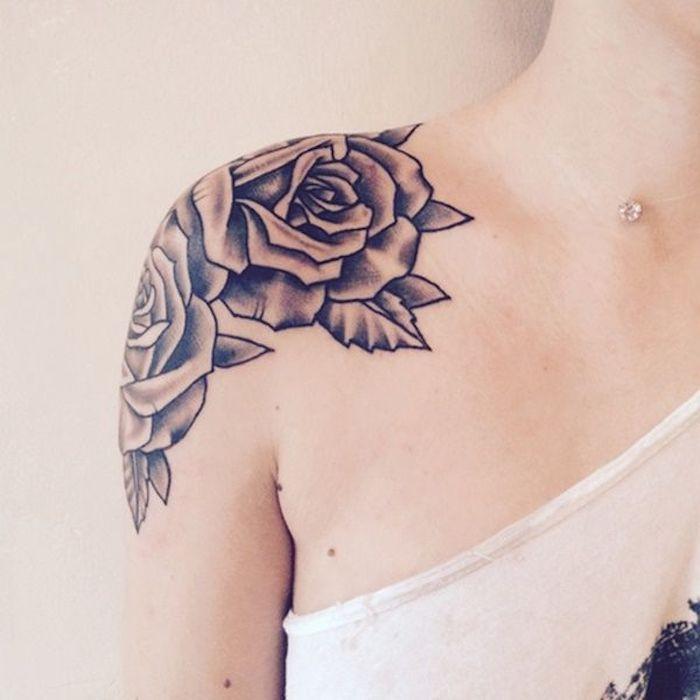 hermosos diseños de tatuajes con rosas y peonías, tatuajes en el hombro para mujeres, tatuajes originales para mujeres