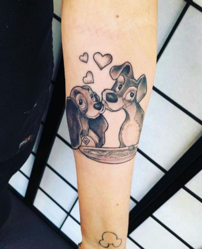 tatuajes de animales de Disney, adorables diseños de tattoos para hombres y mujeres, bonito tatuaje en el antebrazo