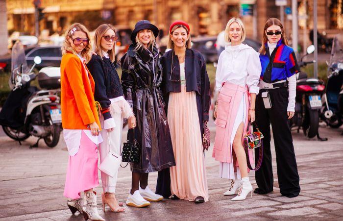 como conseguir un estilo de chic urbano esta temporada, fotos con ideas de prendas en tendencia para llevar este otoño
