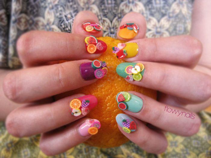 super originales ideas de dibujos de uñas de gel, diseños en colores vibrantes para el verano con decorados originales