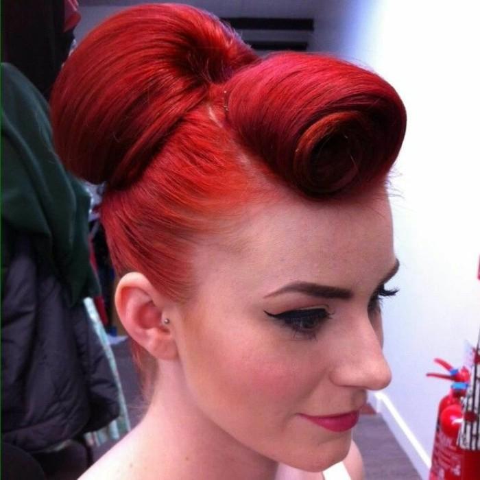 alucinantes ideas de peinados mujer pelo recogido con grandes bollos, peinados pin up pelo corto y pelo largo en fotos