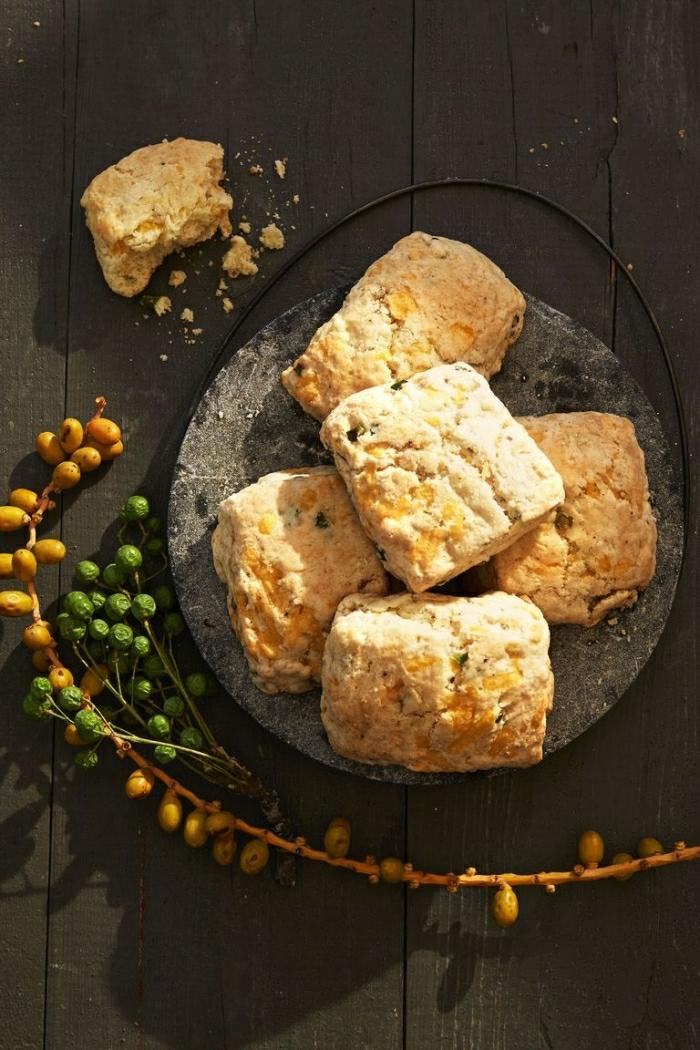 pane con quesos, como hacer pan casero, más de 173 propuestas de recetas caseras para un brunch con amigos