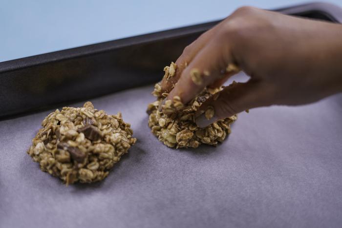 galletas de avena paso, versión saludable de las galletas americanas clásicas, diferentes recetas de galletas blandas