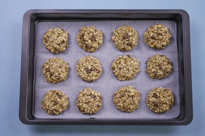 como hacer galletas de avena paso a paso, saludables variantes de galletas con copos de avena, recetas de postres saludables