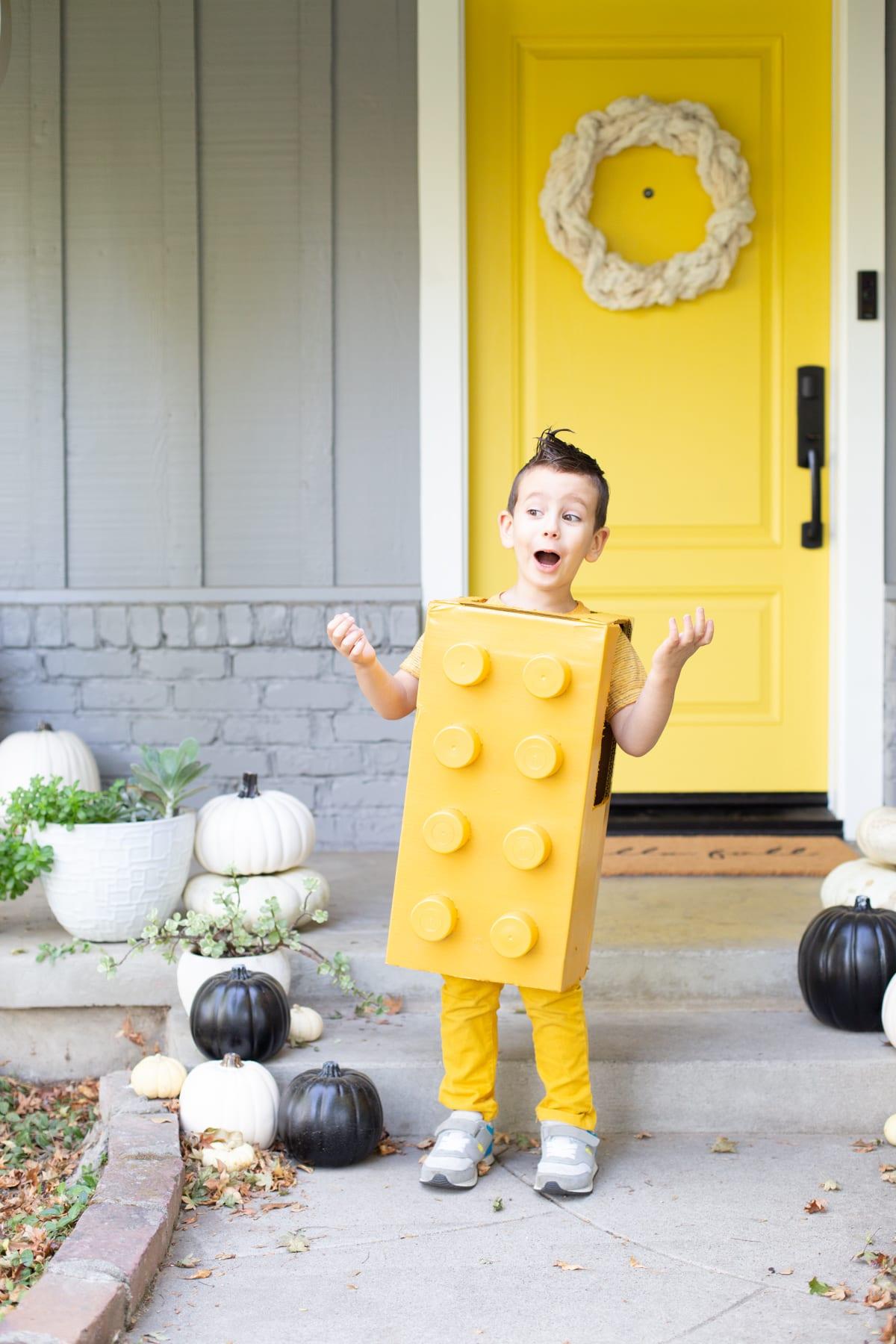 las mejores ideas de disfraces de halloween originales, disfraz halloween niña niño, disfraces lego