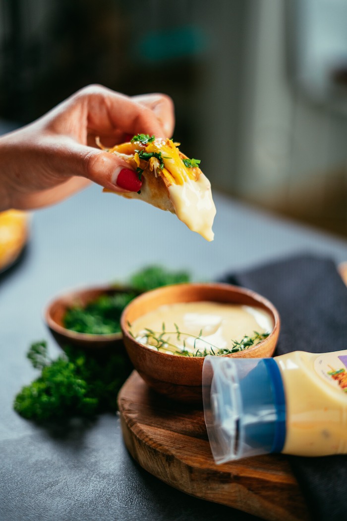 receta de tacos de pollo en fotos, salsa de tacos casera con mayonesa de ajo, originales recetas de tacos ricos paso a paso