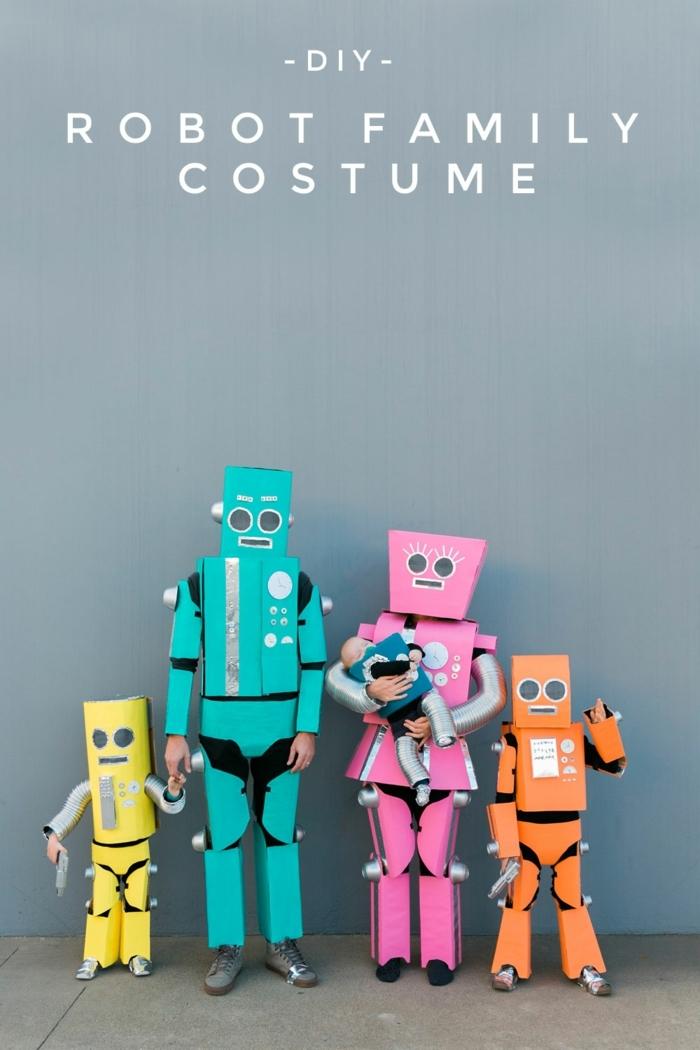ideas abrumadoras sobre disfraces de Halloween en familia, disfraces de robotas, disfraces de cartón coloridos y atractivos