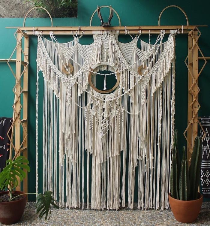 objetos en macrame bonitos, las mejores ideas de decoracion macrame para la casa, detalles para decorar un ambiente boho