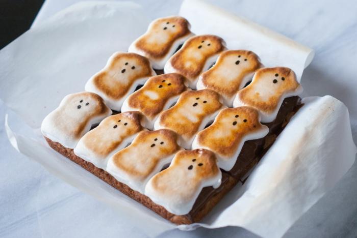 ideas de dulces y postres de halloween personalizados, ideas de comidas ricas y atractivas para hacer en media hora