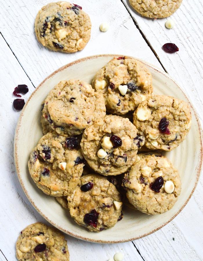 receta de galletas de mantequilla sencillas y super ricas, galletas de avena con nueces y frutas rojas, galletas de garbanzos