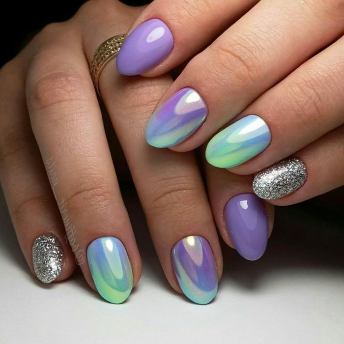 elegantes propuestas de manicura, combinaciones de colores bonitos, colores neones, combinación de lila y plateado, uñas de gel decoradas