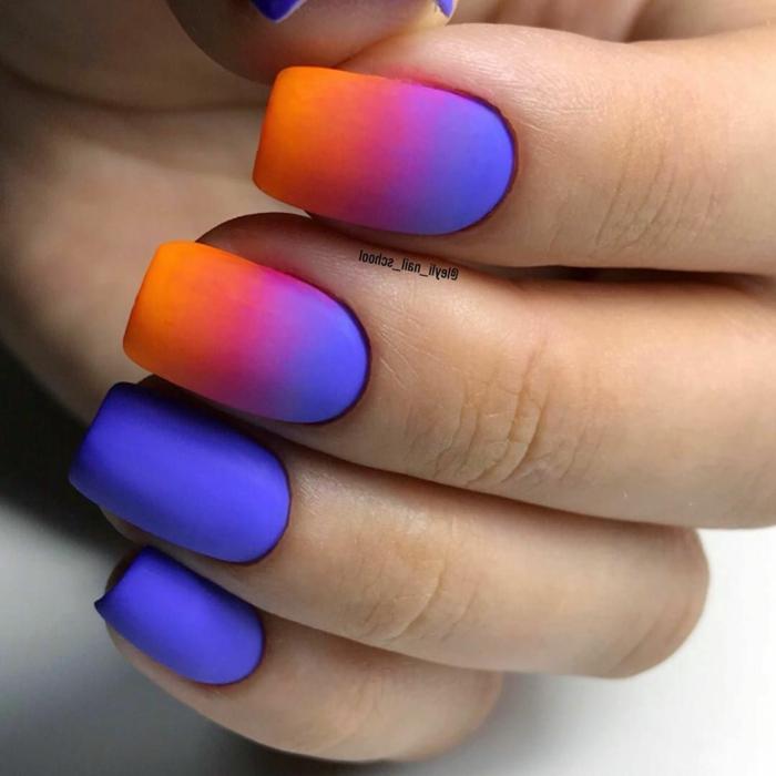 tonos neones en las uñas, uñas largas pintadas en azul, morado y naranja, colores en las uñas, manicura acabado mate