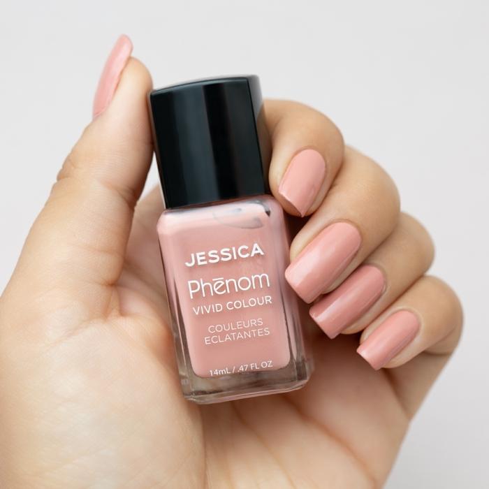 colores naturales y neutrales para tu manicura, fotos de uñas decoradas diseños actuales, uñas largas en un solo color