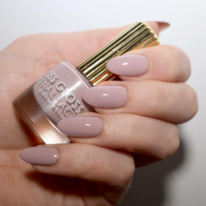 los colores más modernos para la nueva temporada, uñas decoradas diseños actuales, elegante manicura en beige