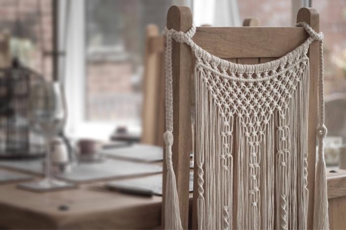 las mejores ideas de decoracion macrame para tu hogar comedor decorado en estilo rústico, ideas en imagenes