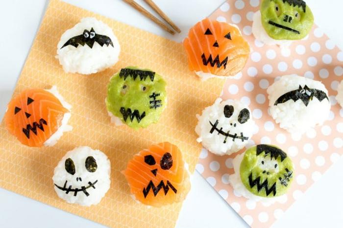 recetas terrorificas para halloween, bocados de sushi decorados, super originales ideas de entrantes para halloween