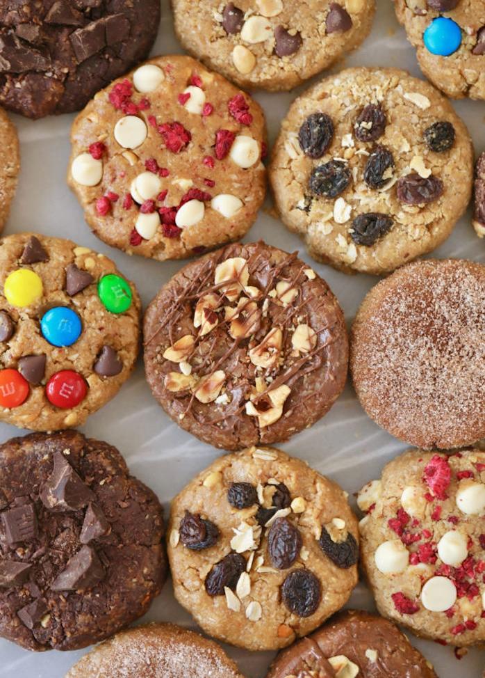 originales ideas de recetas de galletas caseras, galletas con pasa, nueces, cacahuetes y caramelos mm coloridos