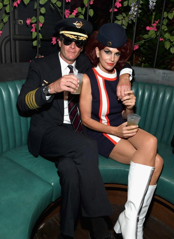 Cindy Crawford y su marido disfrazados como marineros, originales ideas de trajes de carnaval para parejas en 80 fotos