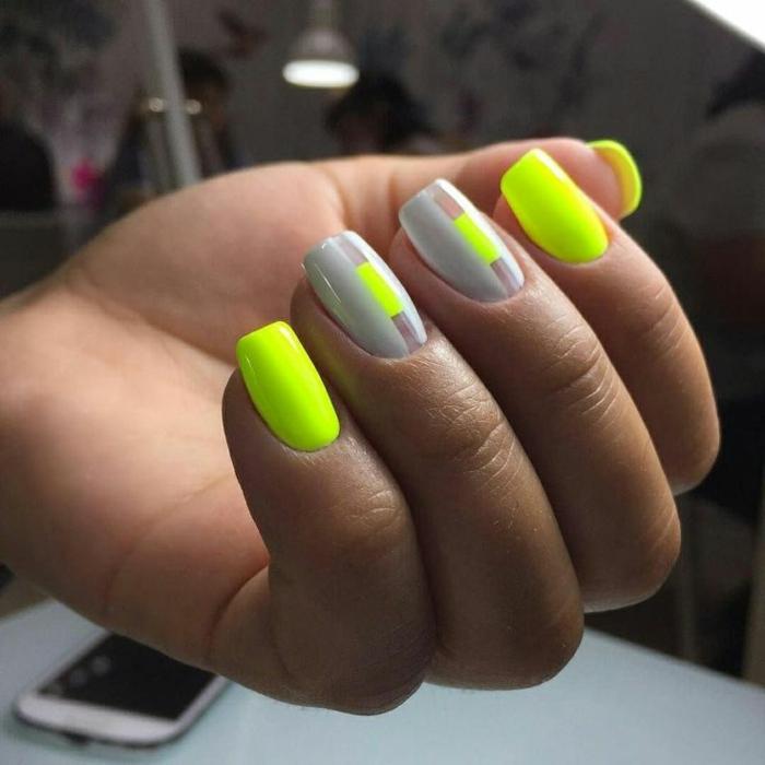 colores neones en las uñas, uñas de gel 2019 en fotos, elementos geométricos en las uñas, tendencias 2019 2020