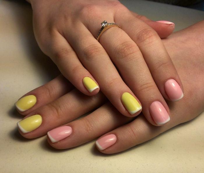 uñas otoño 2019, uñas francesas decoradas con base en amarillo y rosado y puntas en blanco, ideas para uñas en fotos