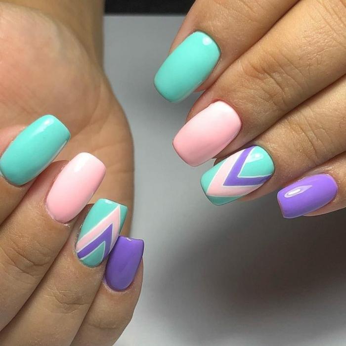 colores de verano en las uñas, manicura uñas largas cuadradas pintadas en verde menta, rosado y lila profundo, uñas otoño 2019