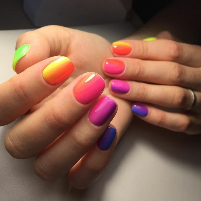 modelos de uñas pintadas en colores vibrantes, uñas otoño 2019, colores modernos en las uñas, más de 80 fotos de uñas