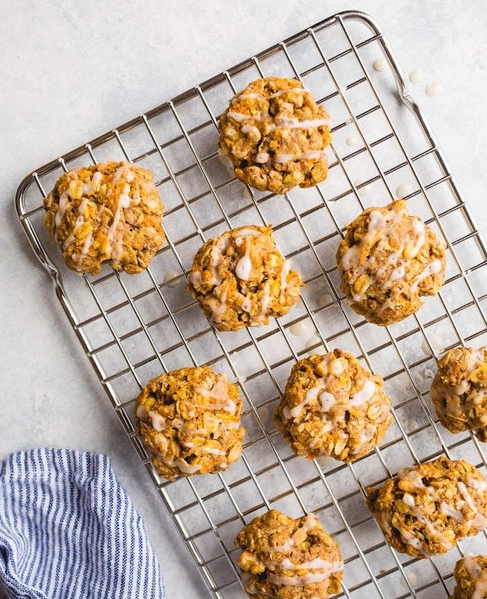galletas de avenas saludables y fáciles de hacer, receta de galletas de avena, fotos de postres ricos y fáciles