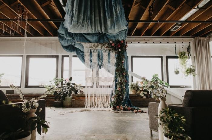 salón decorado en estilo boho, decoración salón para una boda, ideas para organizar una boda en estilo boho chic