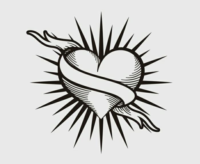 corazón con motivos simbólicos, ideas de tatuajes minimalistas, plantillas tattoos originales y fáciles de hacer en fotos