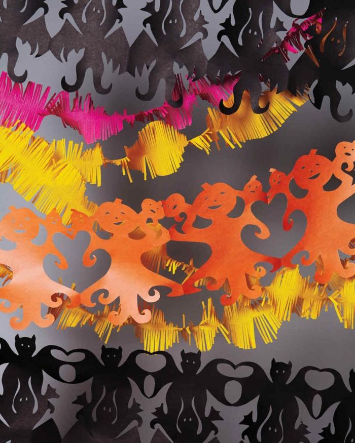 como hacer decoracion halloween para la pared, guirnaldas DIY bonitas para decorar el salón, decoracion casera Halloween