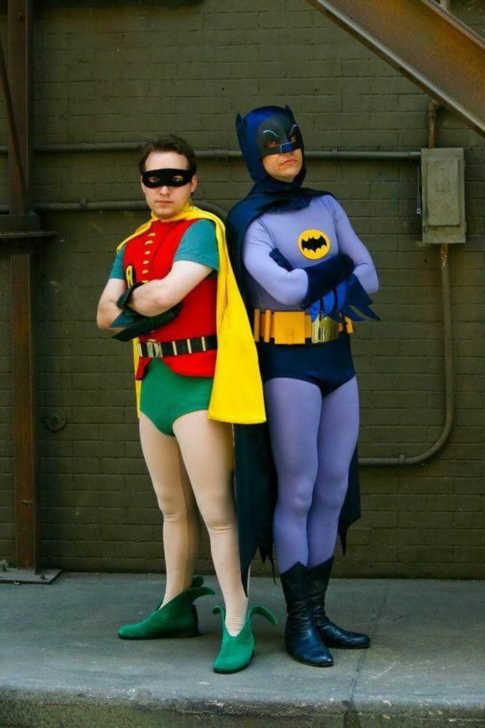 Batman y Robin un traje en pareja clásico, divertidas propuestas para una fiesta Halloween, disfraces de carnaval para grupos