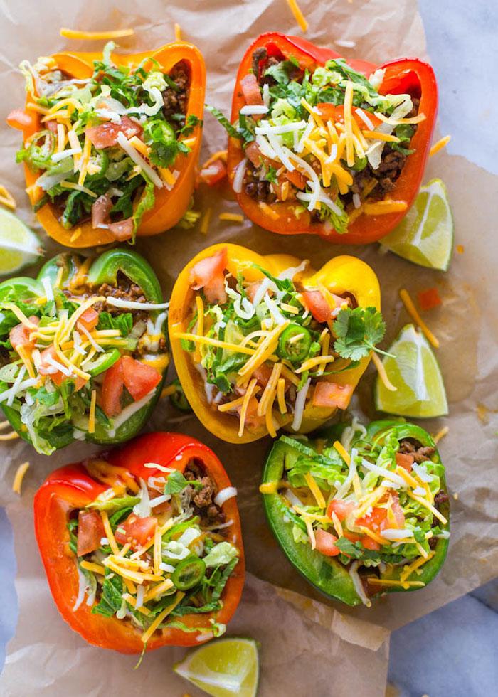 bracos de pimientos con queso rallado, carne, tomates y verduras, recetas fáciles y rápidas paso a paso, fotos de recetas