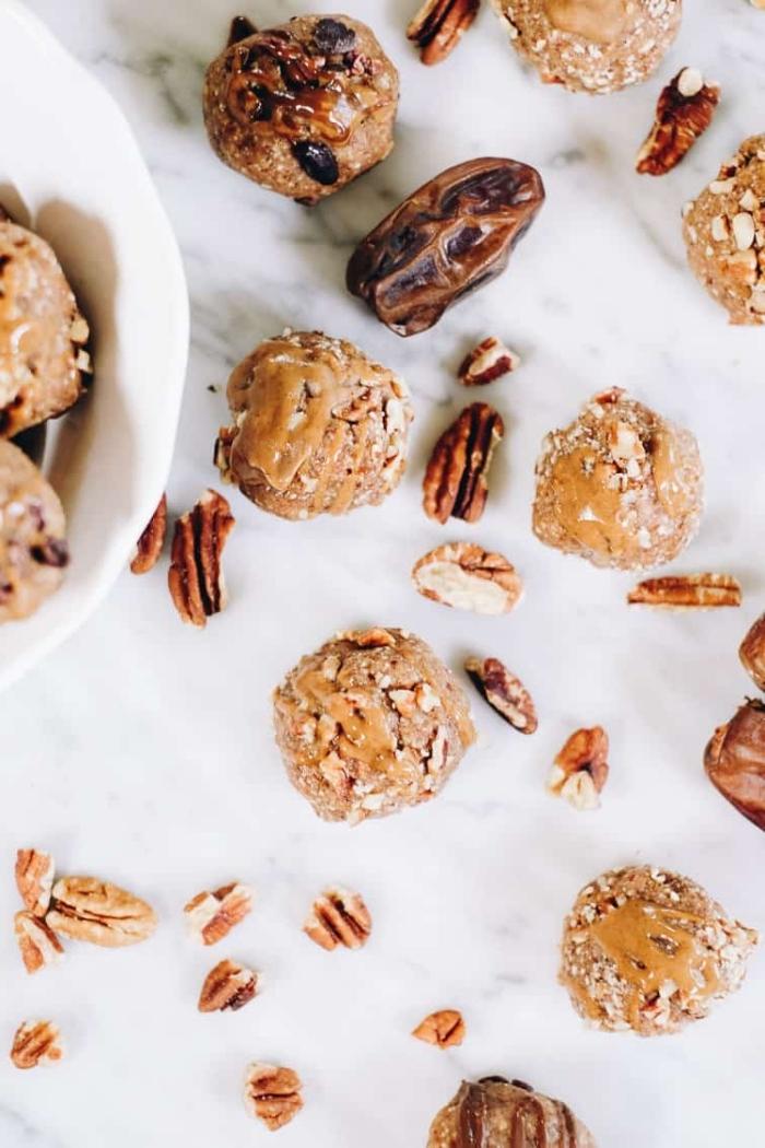trufas con nueces con un sabor intenso, ideas de postres saludables y fáciles de hacer, trufas de chocolate en fotos paso a paso